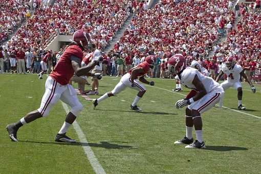 Famous football colleges in Alabama