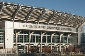 Cleveland Browns are just one of the many sports teams you will get to know once your pick of cross country moving companies Ohio relocates you.