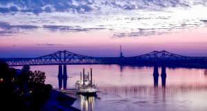 Crossing the Mississippi River is a huge decision, and we have a selection of cross country moving companies Mississippi to help smooth the transition.