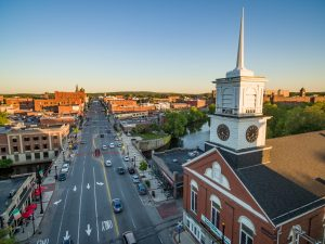 Downtown Nashua from a burd's perspective - discover long distance moving companies Nashua that know how to relocate you easily.