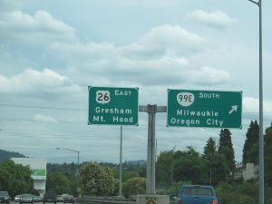 Highway sign for Gresham, the best way is the long distance moving companies Gresham way.