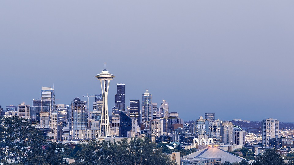 Seattle, where one can find cross country moving companies Washington.