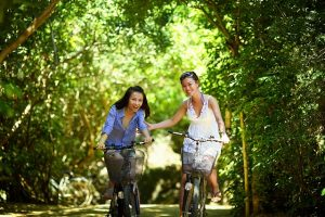 Best places to live in Oregon - two girls on bikes