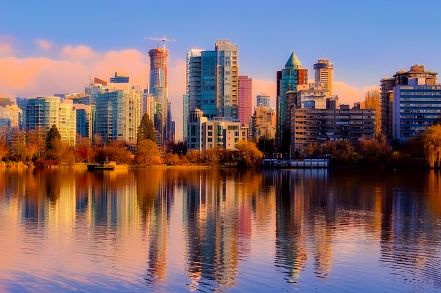 Let long distance moving companies Vancouver take you to this beautiful city!