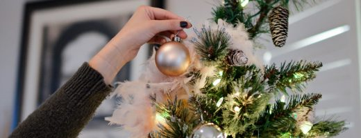 Tips for Packing & Moving Christmas Decor