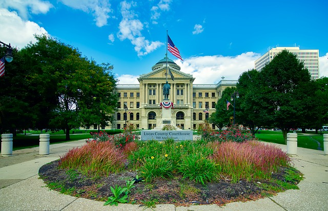 Court house in Lucas County Ohio