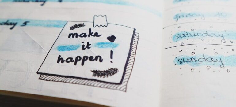 note that says make it happen